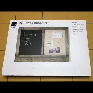 Entryway chalk organizer
